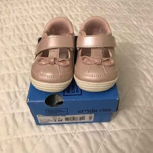 Stride Rite Infant Shoes Size 3M